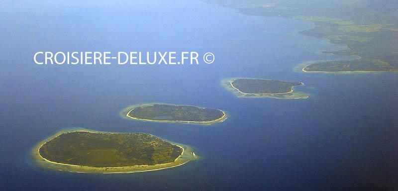 Les îles Nusa Tenggara - lors d'une croisière dans les Archipels de l'Indonésie